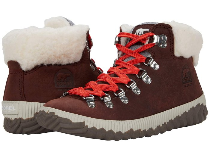 sorel-bootie-out-n-about