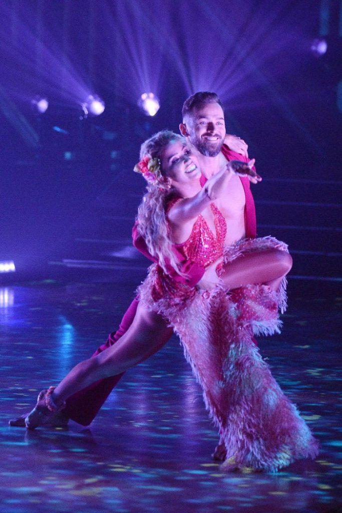 Kaitlyn Bristowe Dedicates DWTS Performance to Jason Tartick Artem Chigvintsev