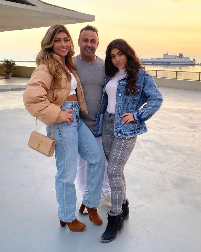 Joe Giudice Attempts TikTok Dance With Daughters Gia and Melania During Reunion
