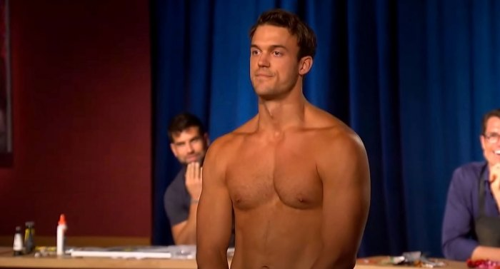 Bachelorette Fan-Favorite Ben Smith Reveals Why He Got Naked on Group Date