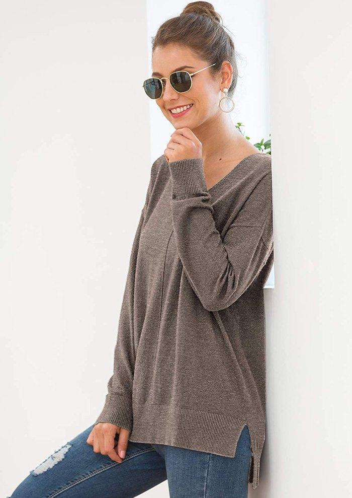 Jouica Lightweight V-Neck Pullover Sweater