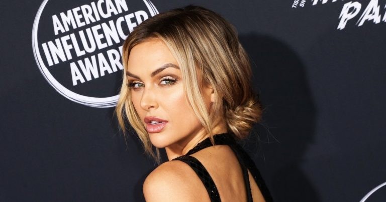 Bare Bump! Lala Kent Shares Nude Selfie 5 Months Into 1st Pregnancy