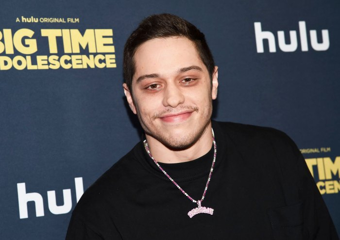 Pete Davidson Has Epic Response to Fan Named Ariana