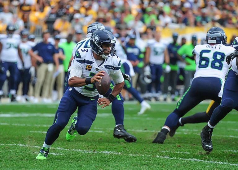 Seattle Seahawks Cruise Past Fading Philadelphia Eagles, Regain No.1 in NFC West, 23-17