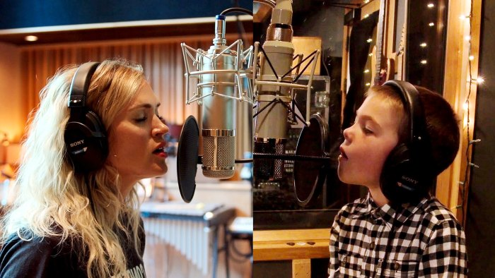 Carrie Underwood Sings With Son Isaiah My Gift Christmas Special