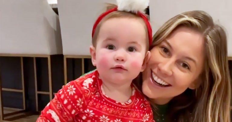 Shawn Johnson's Daughter and More Celebrity Kids Rock Festive Pajamas: Pics
