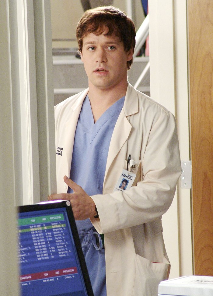 T.R. Knight Greys Anatomys Exits Who Quit Who Was Fired Who Is Down Come Back