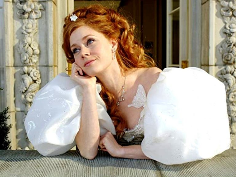 Amy Adams Will Reprise Her Role As Princess Giselle In Enchanted Sequel, Disenchanted